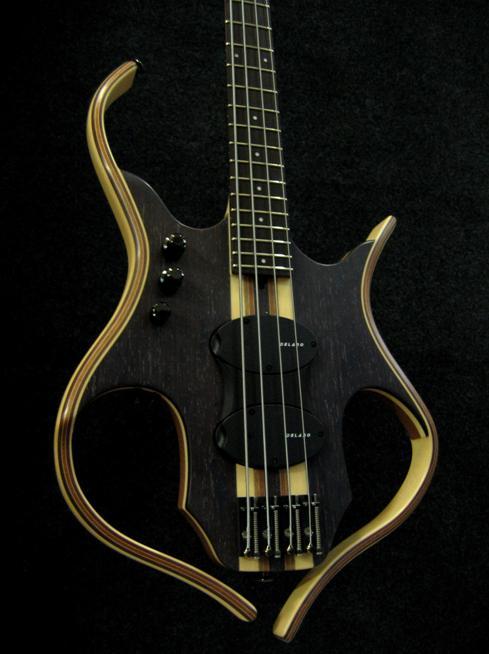"Paul Lairat ""SIRYA"" Bass 4 String at NAMM 2012"