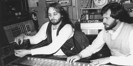 Elliott Randall and Mike Beigel in the studio,1979