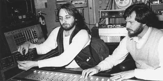 Elliott Randall and Mike Beigel in the studio,1979