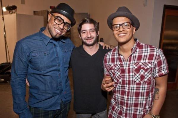 The Smeezingtons With Bruno Mars