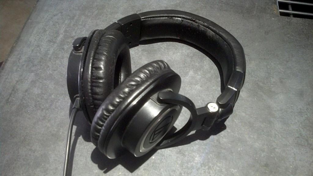 Audio-technica-ATH-M50-6